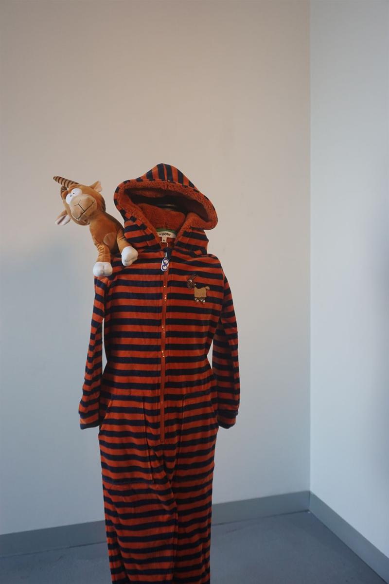 Onesie kids - Woody - 202-1-ONE-V/965 - donkerblauw-roest gestreept
